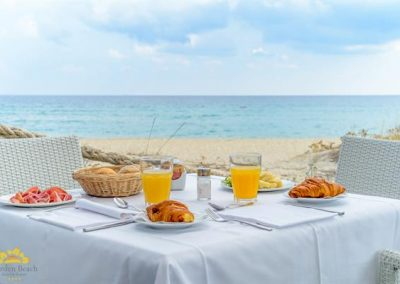 1039_hotel-garden-beach---sunset-lounge--restaurant-39