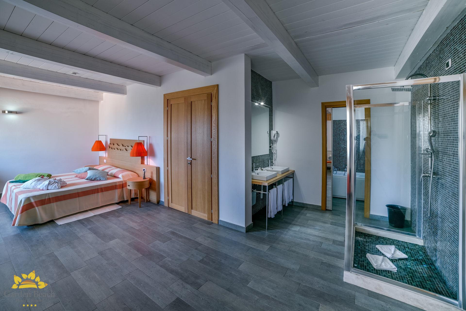 hotel-garden-beach---4-pax-junior-suite-13